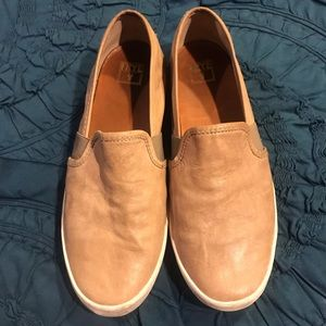 Frye Dylan slip on, tan leather, size 8.5.